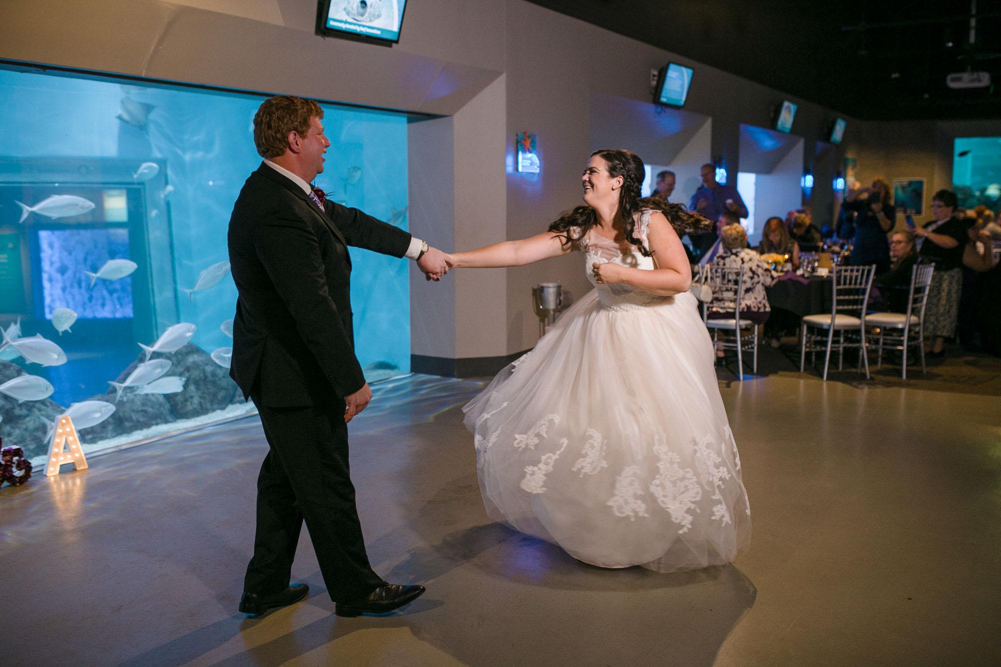 toledo-zoo-wedding-pictures-132.jpg