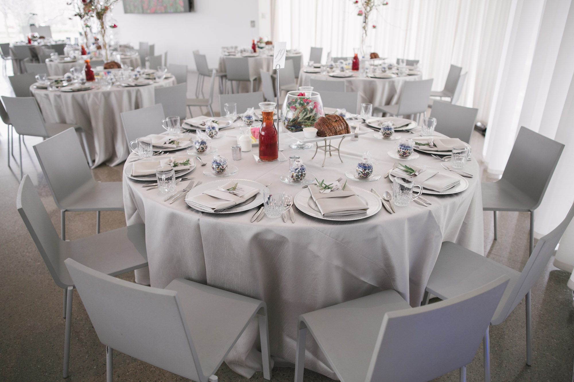 glass-pavilion-toledo-wedding-5.jpg