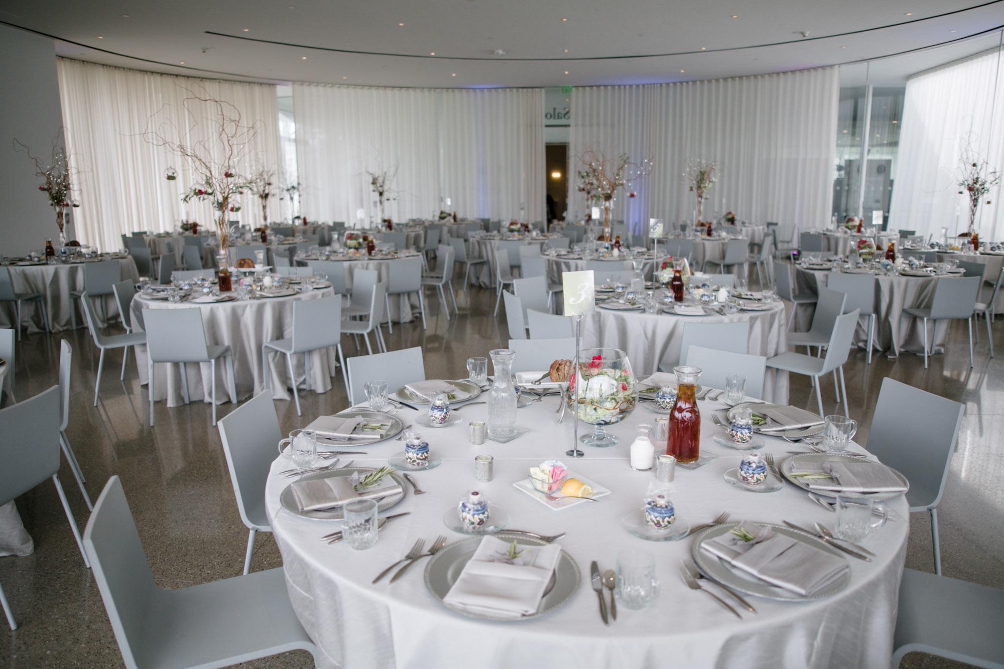 glass-pavilion-toledo-wedding-15.jpg