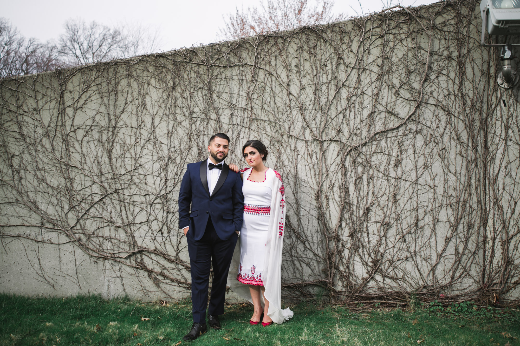 glass-pavilion-toledo-wedding-35.jpg