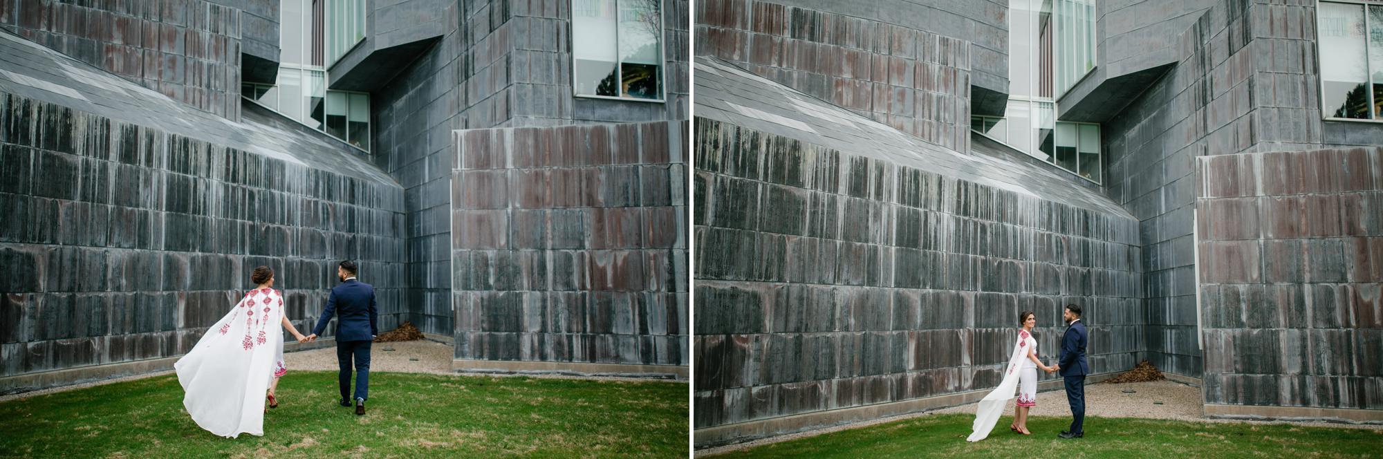 toledo-museum-glass-pavilion-wedding-photos-2.jpg