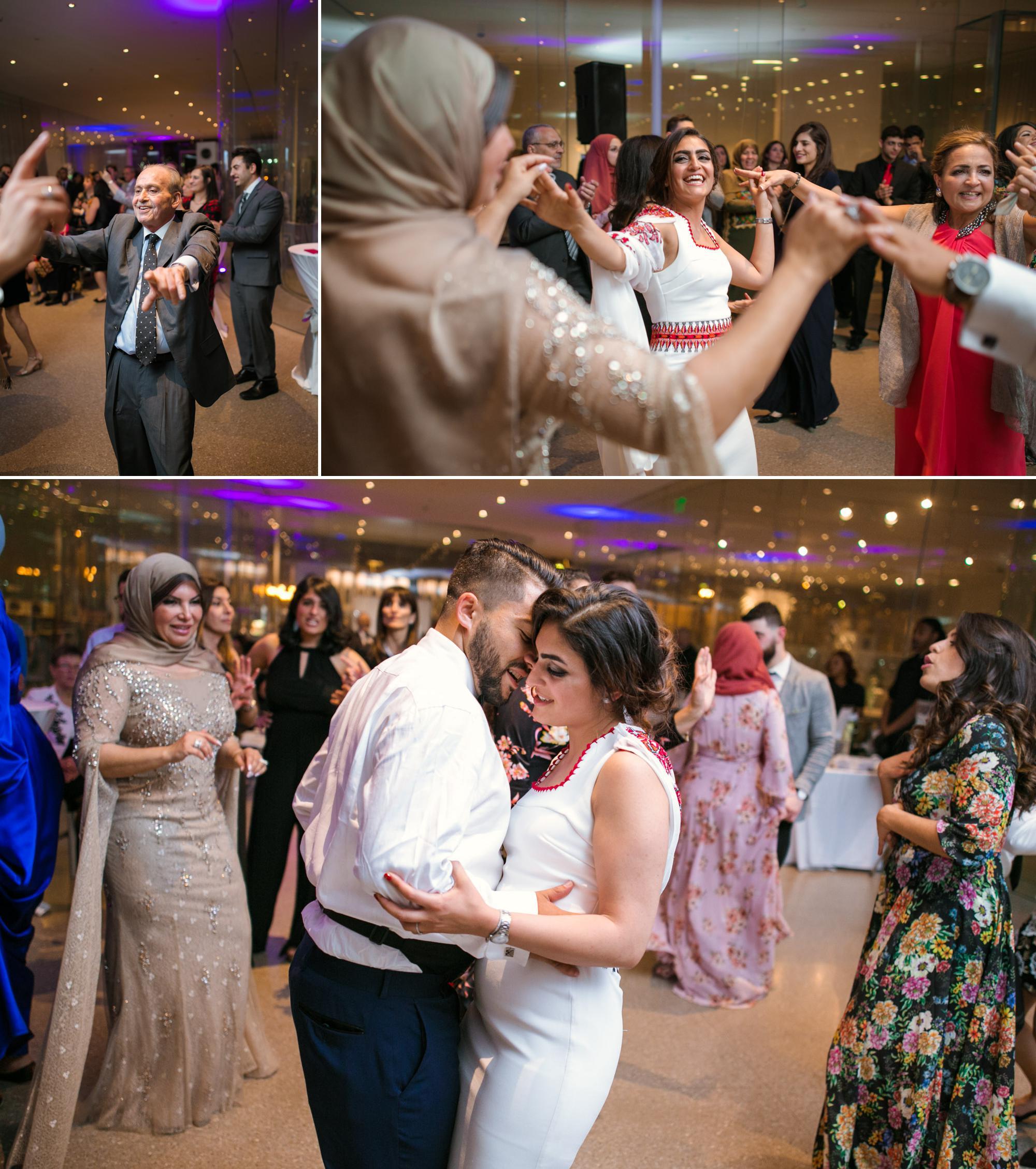 toledo-museum-glass-pavilion-wedding-photos-15.jpg