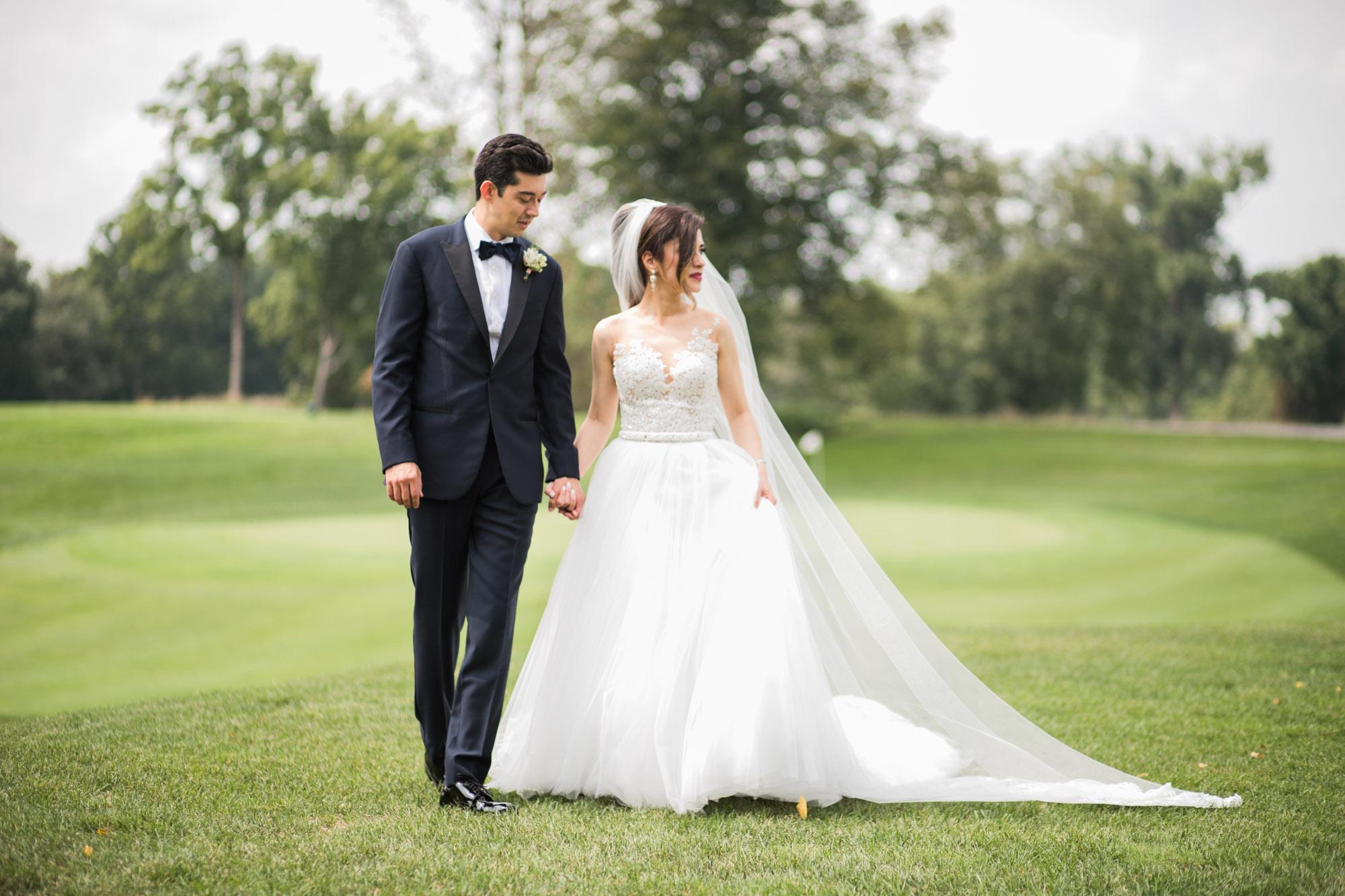 sylvania-country-club-wedding-photos-53.jpg