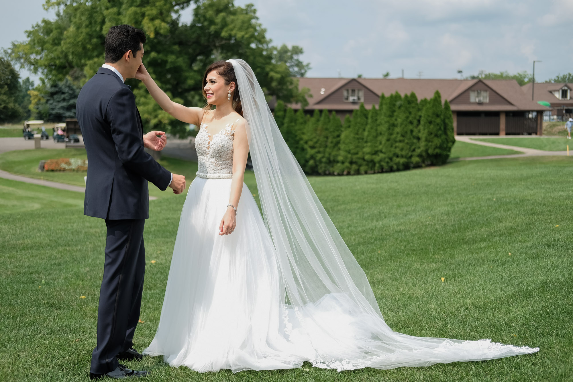 sylvania-country-club-wedding-photos-56.jpg