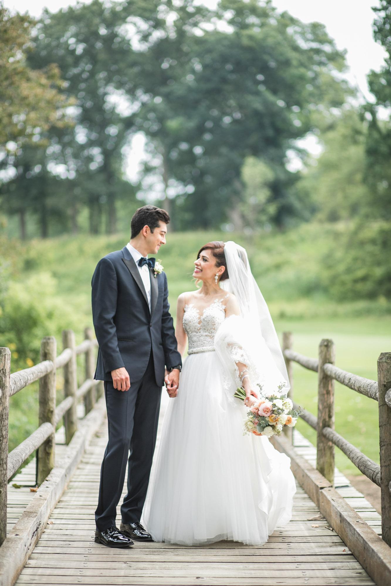 sylvania-country-club-wedding-photos-69.jpg