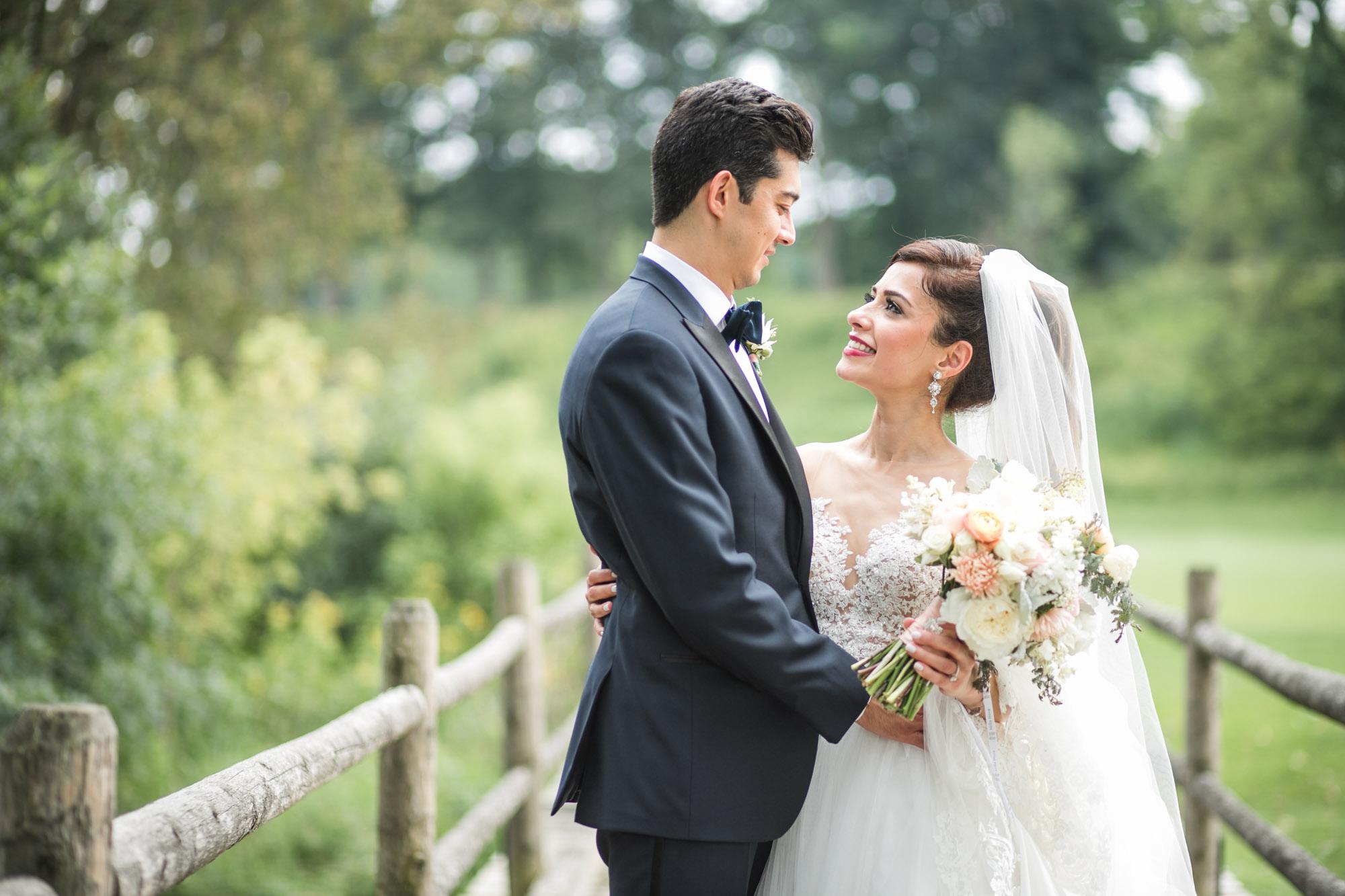 sylvania-country-club-wedding-photos-71.jpg