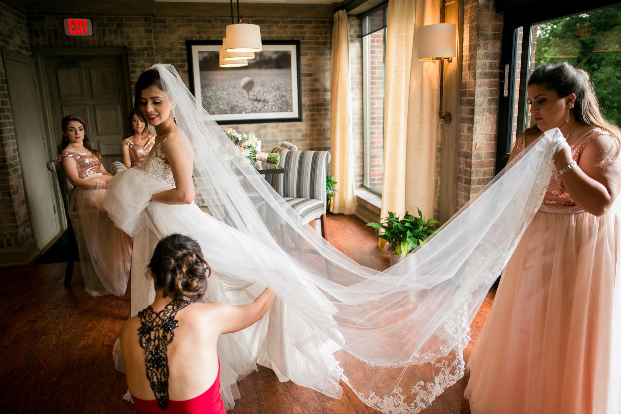 sylvania-country-club-wedding-photos-92.jpg