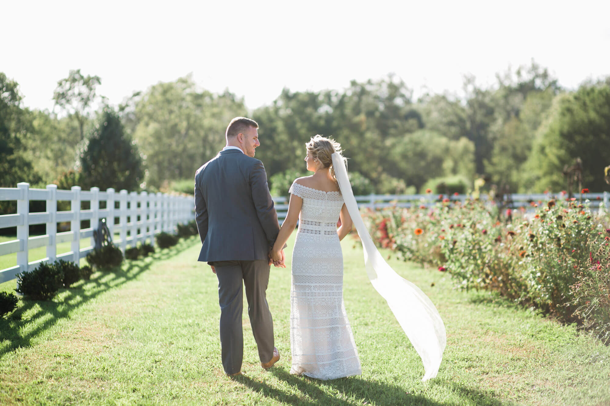 MINDI & AARON // THE STABLES  WHITEHOUSE, OH