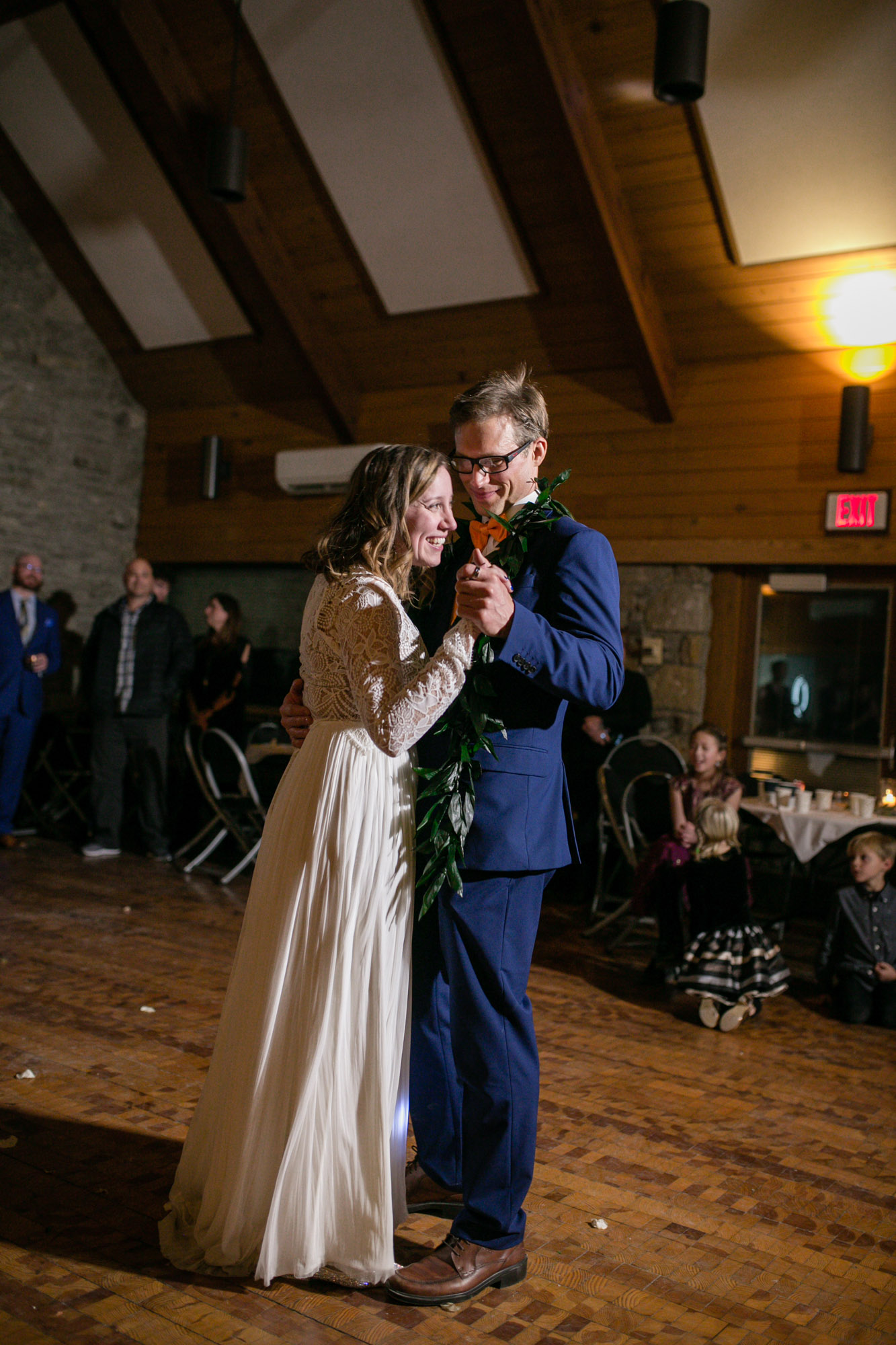 oak-openings-lodge-wedding-7577.jpg