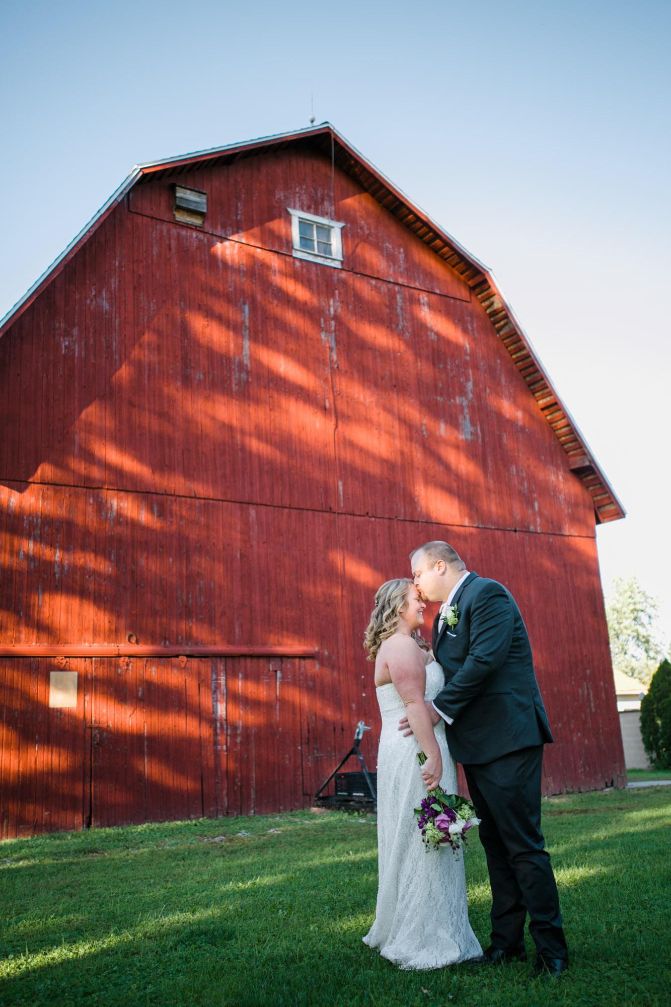 hilton-garden-inn-perrysburg-wedding-33.jpg