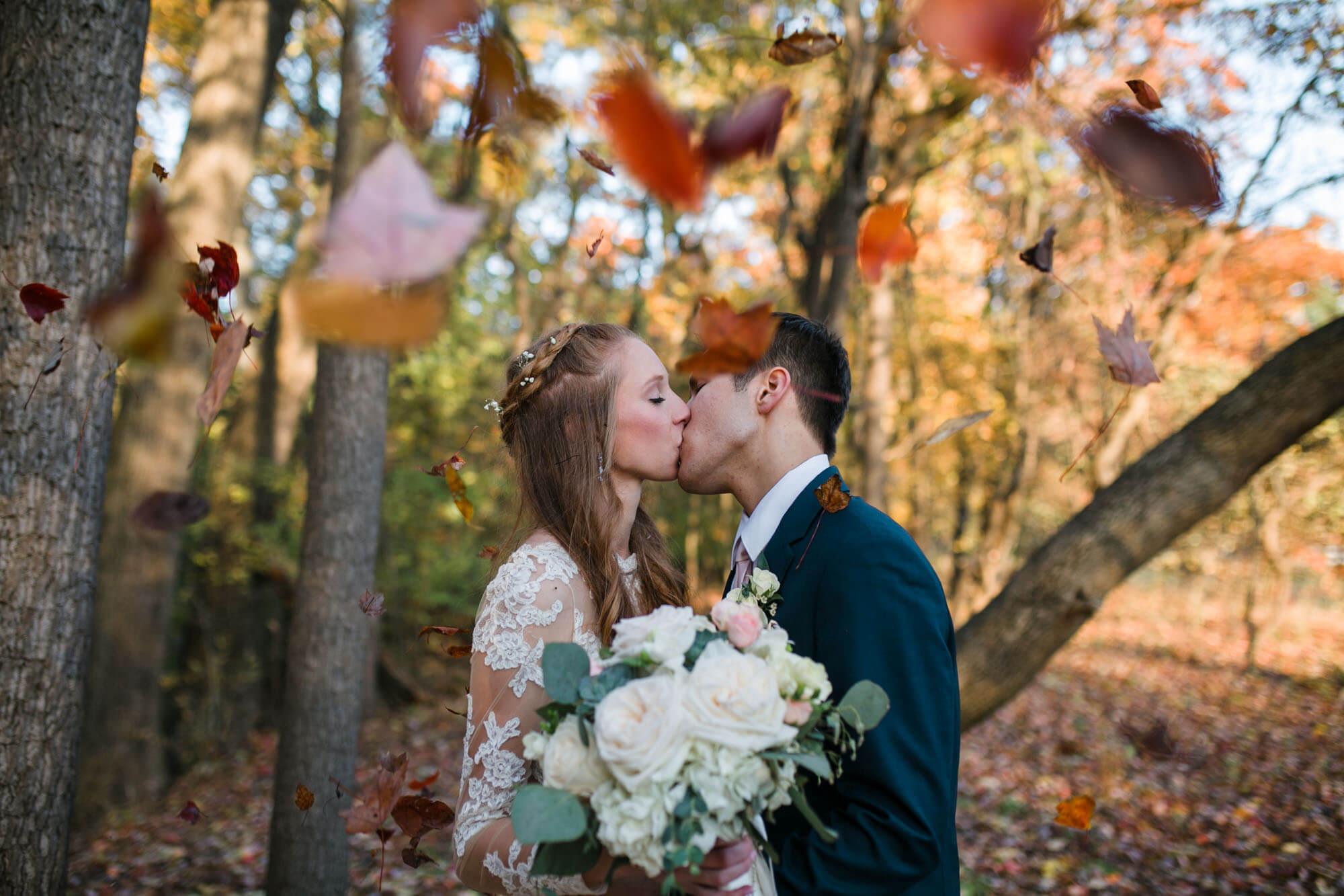 hilton-garden-inn-perrysburg-wedding-photos-147.jpg