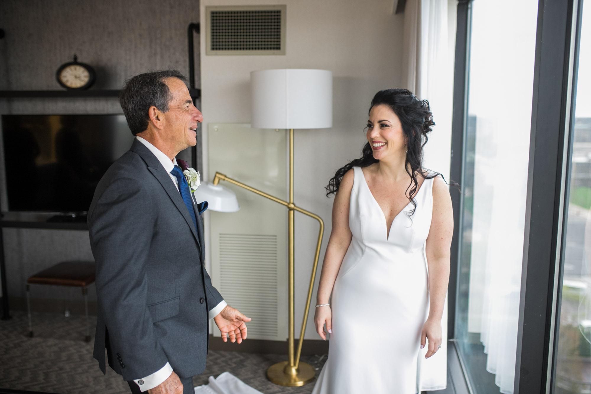 renaissance-hotel-toledo-wedding-23.jpg