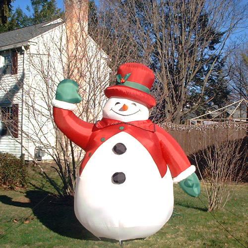 inflatable_2_snowball_snowm.jpg