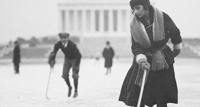 Ice skating at Lincoln Memorial, Washington, D.C., January 1922. Harris & Ewing Collection (Library of Congress)