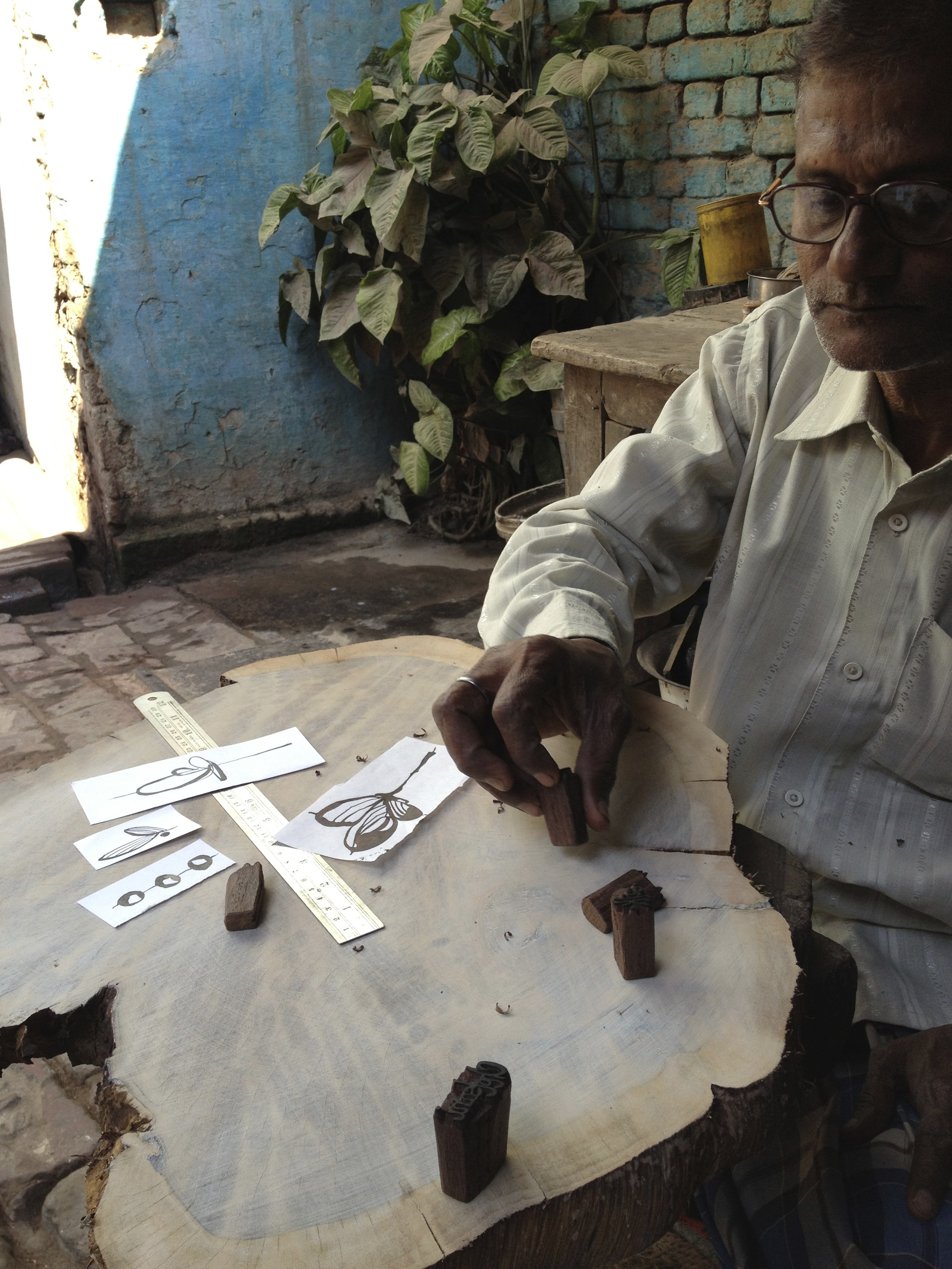 Subbash in his shop, Khojwa, Varanasi, 2013