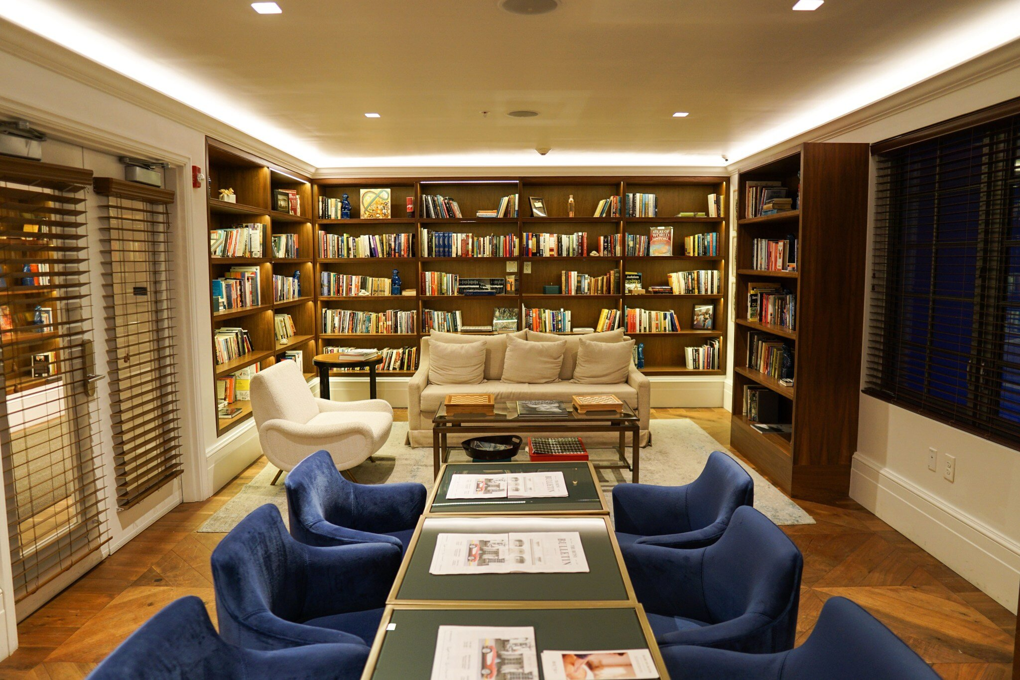 The Betsy Hotel's Library / 3rd Floor of the Colonial Wing