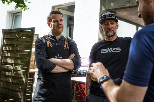 Had a great time in Munich together with @envecomposites and @opencycle Did a lunch @bikedress #velochef #irideenve #openbikes #bikedressmünchen #saddleback all pics by @sebstip