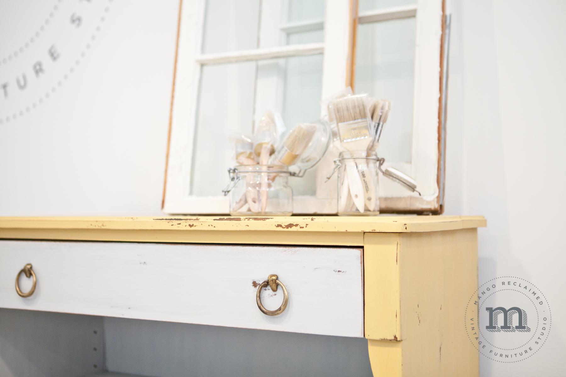 yellowshelf-3.jpg