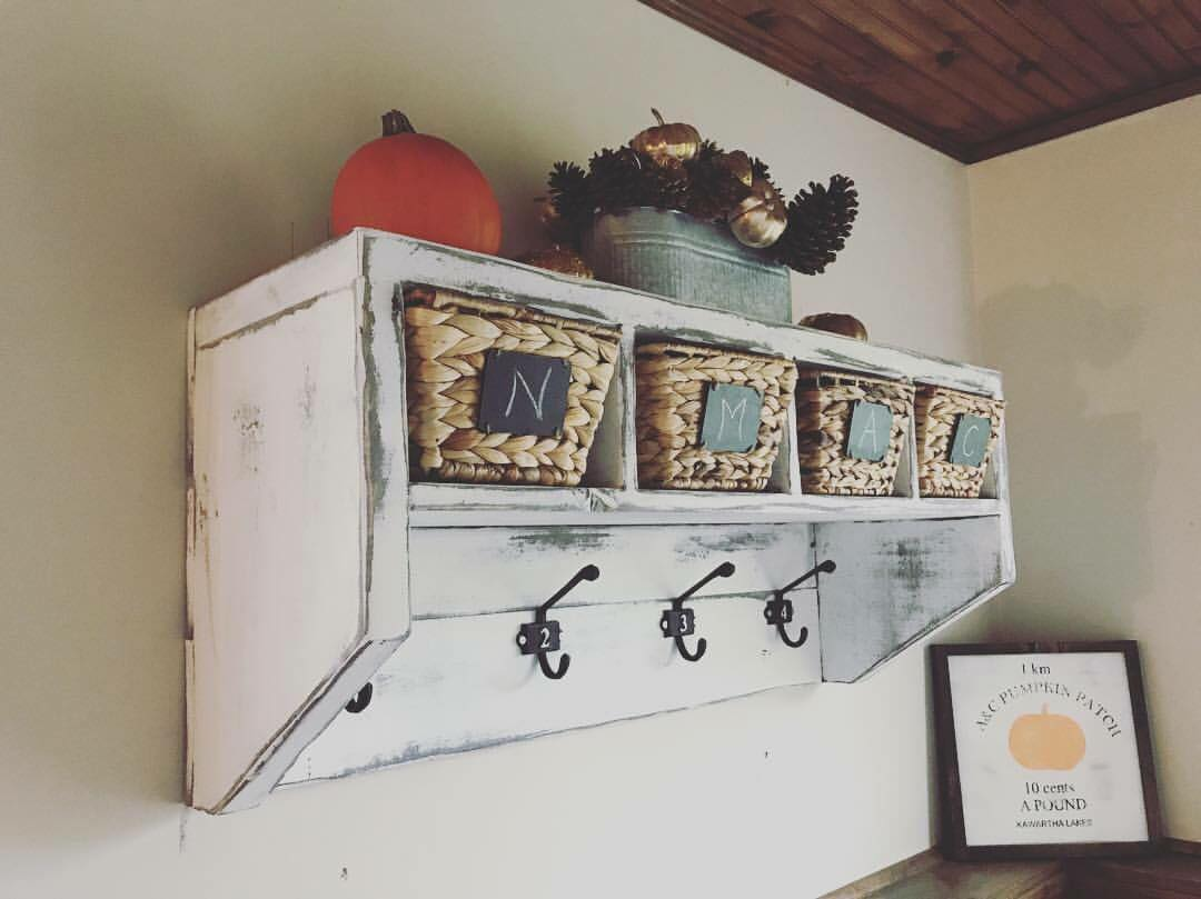 Farmhouse entrance organizer - build and paint! Sat March 2nd, 10-3pm.