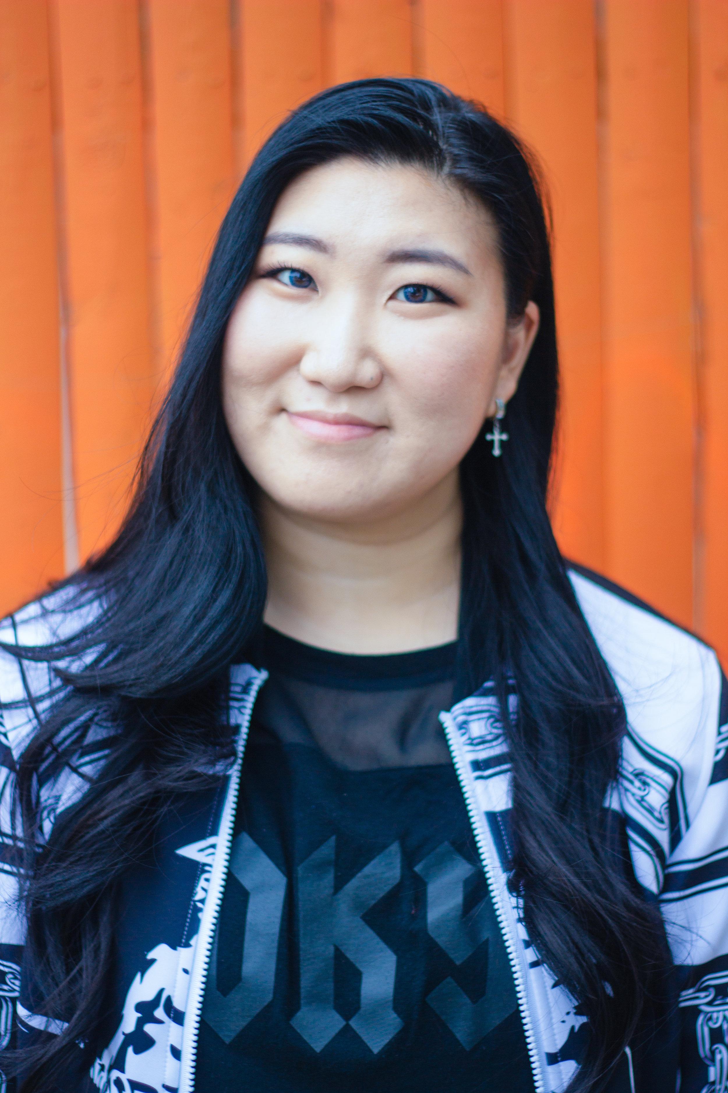 Christina Ryu  K-pop & Urban Hip Hop Instructor