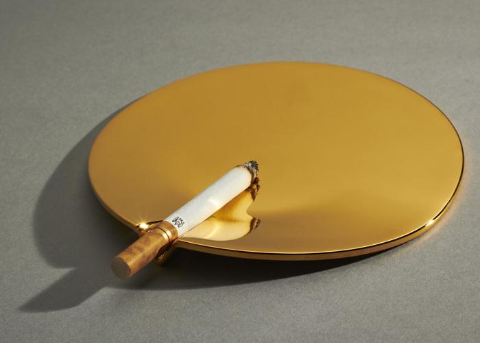 doucet-fetish-ashtray-1.jpg