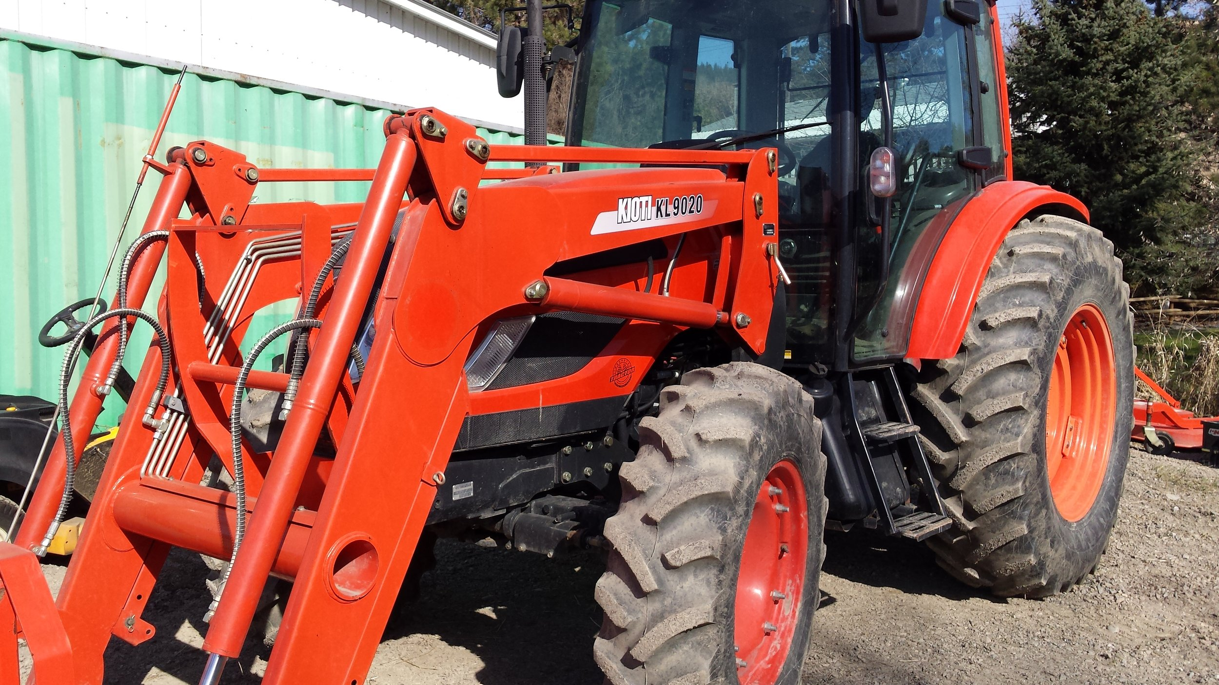 Used PX9020 vernon tractor dealer timberstar tractor front  left view.jpg