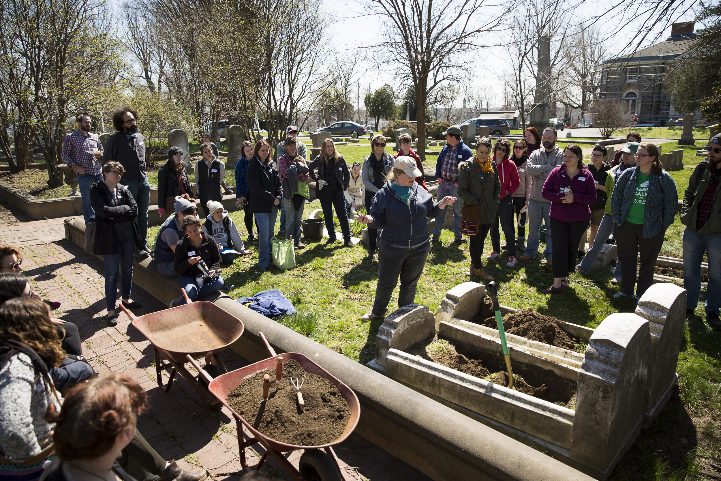 A representative from the Pennsylvania Horticultural Society gives a planting demonstration. Photo: Ryan Collerd