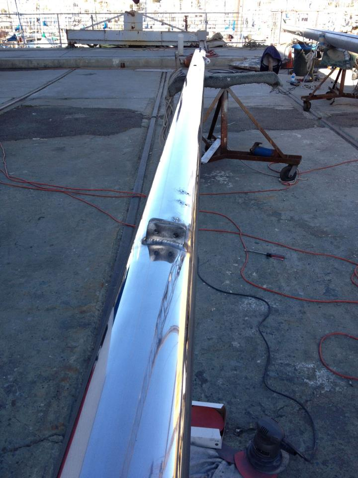 Polished Ketch Aluminum mast