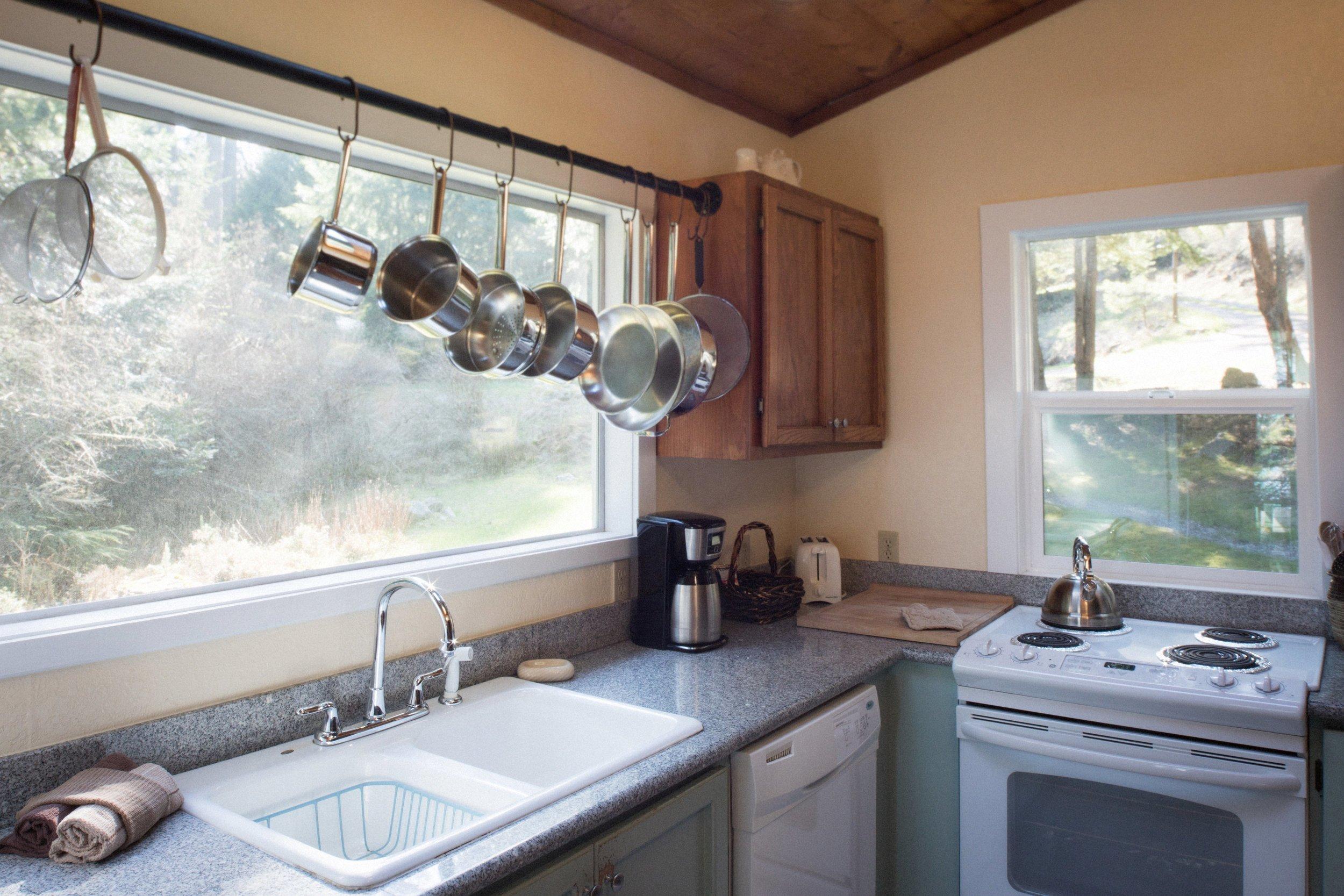 190329-Beach-House-Kitchen-0001-EX.jpg