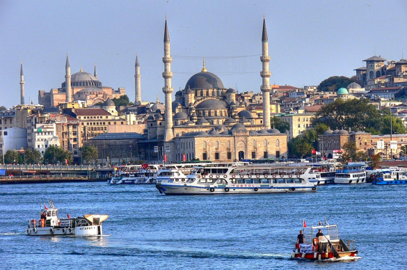 The Blue Mosque, Istanbul Turkey (photo credit: aegee.org)