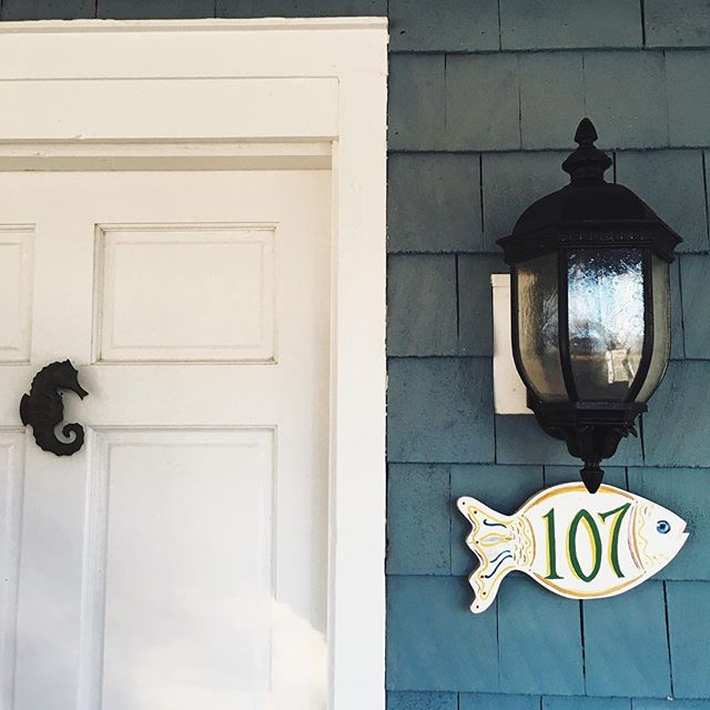 Currently still in the car traveling home listening to the beautiful Sigur Rós. We've been on the road for about 13 hours. (This was the cutest door at the beach house we stayed at this weekend.)
