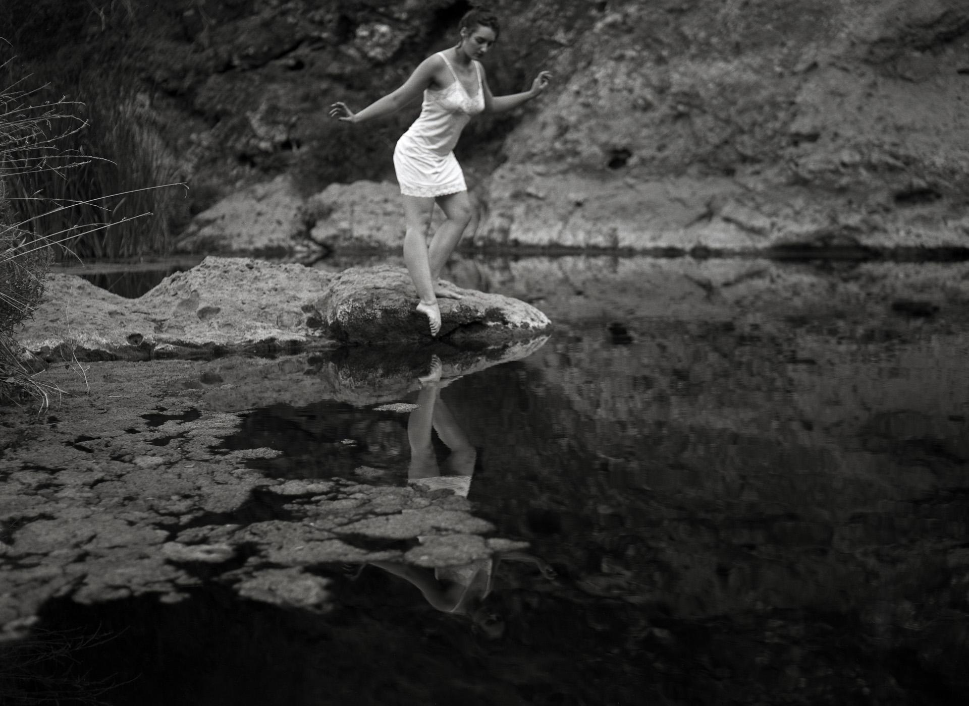 Ilford Delta 100 film, Graphlex Century Graphic,Kodak Ektar 101mm f4.5