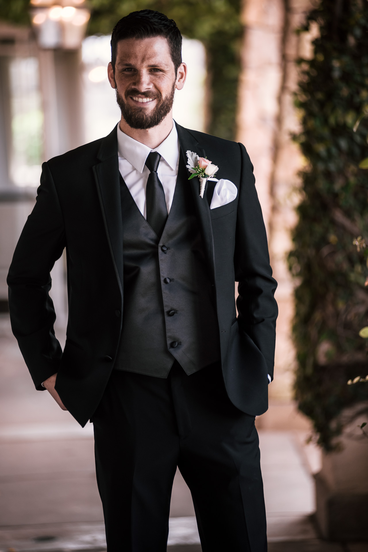 groom waits for his bride and their first look before the wedding at the Twin Oaks Golf Course in San Marcos, San Diegos premier wedding venue
