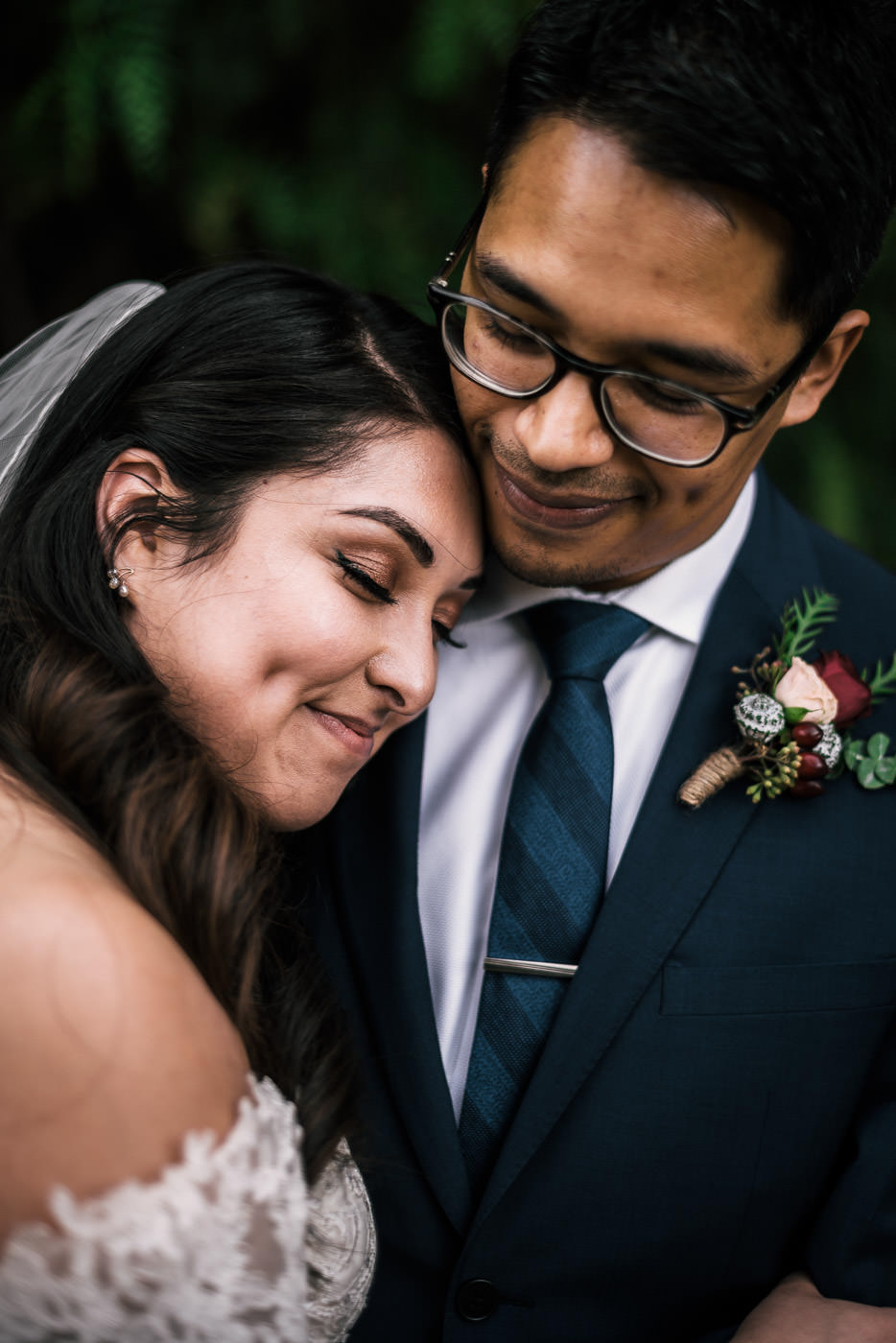 Romantic wedding photography in California. Taken at Knollwood Country Club in Granada Hills.