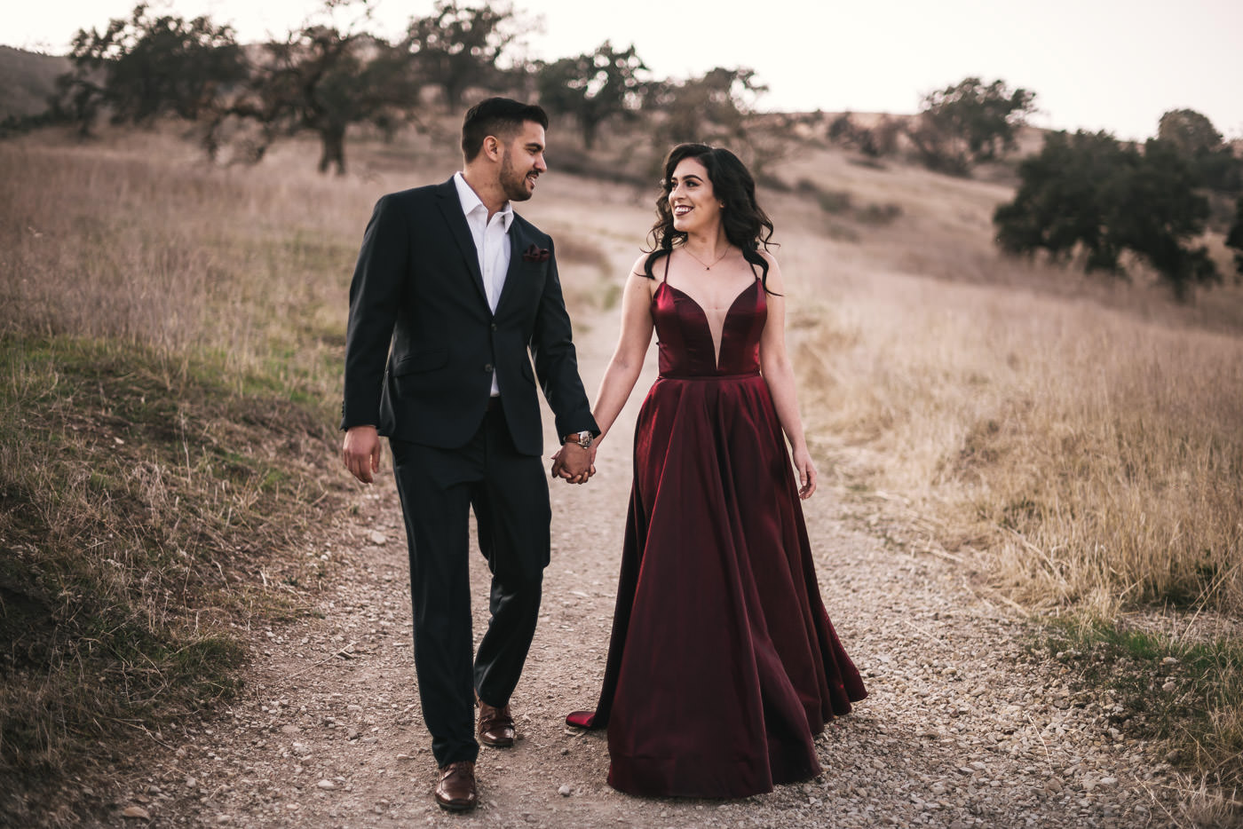 Stunning engagment photos in Malibu California taken by Wedding Photographer.