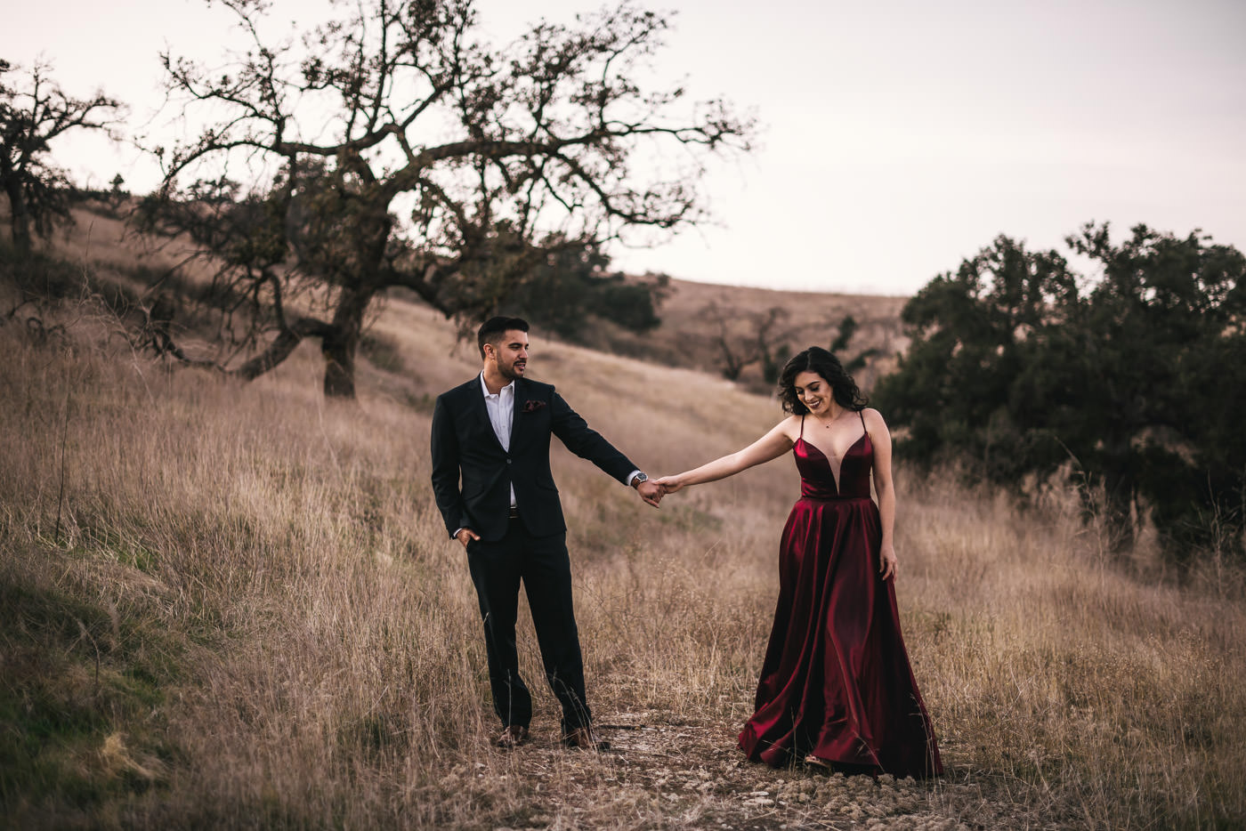 Stylish formal has a ridiculously romantic enagement session in Malibu California.