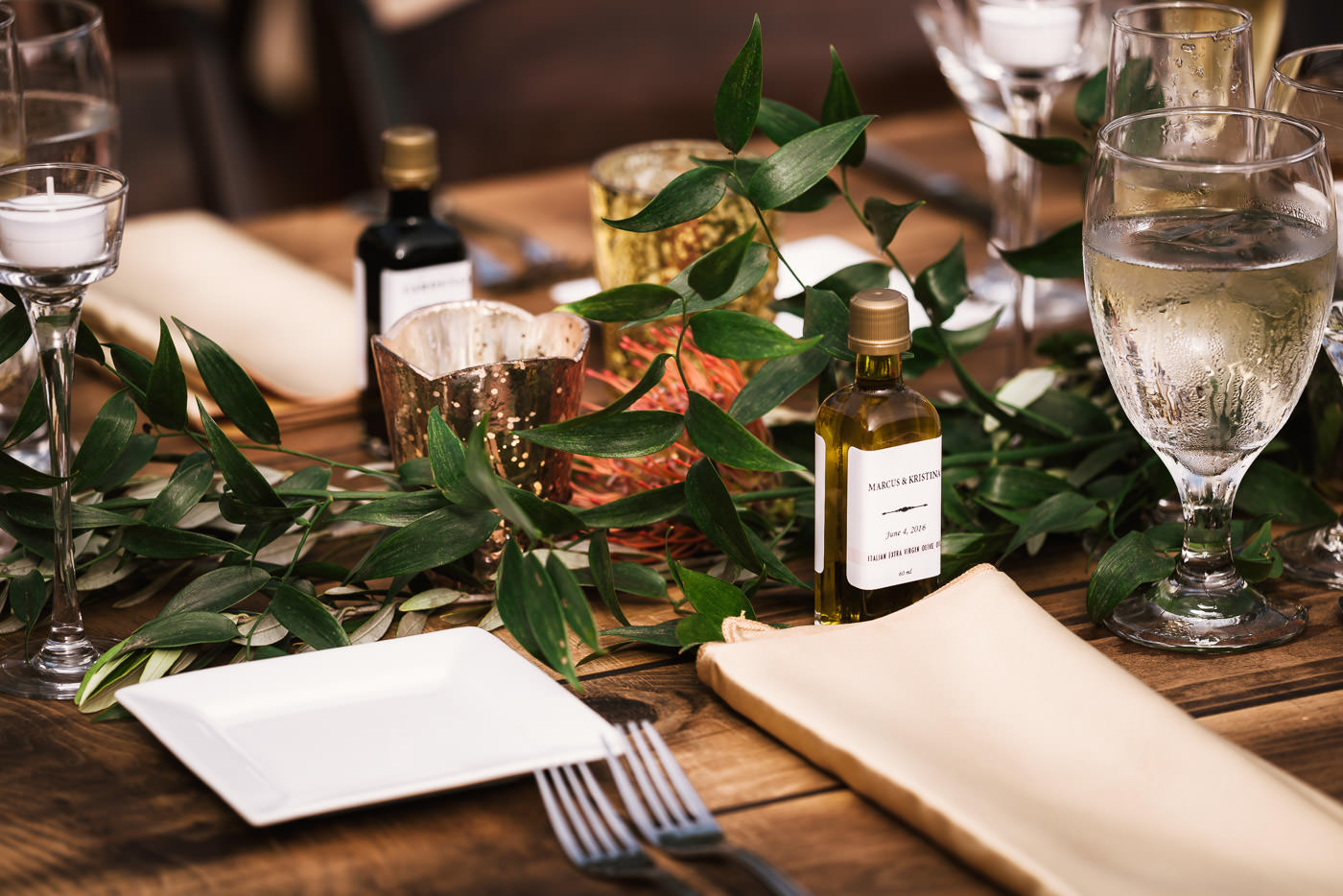 Olive oil and Balsamic Vinegar wedding favors for guests.