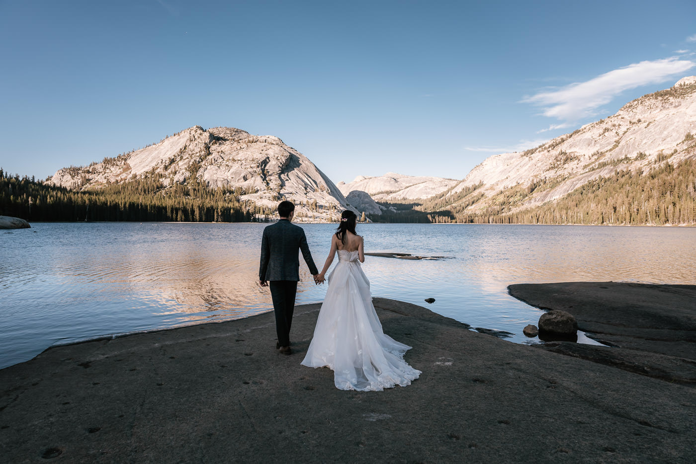 tenaya-lake-elopement-yosemite-4.jpg