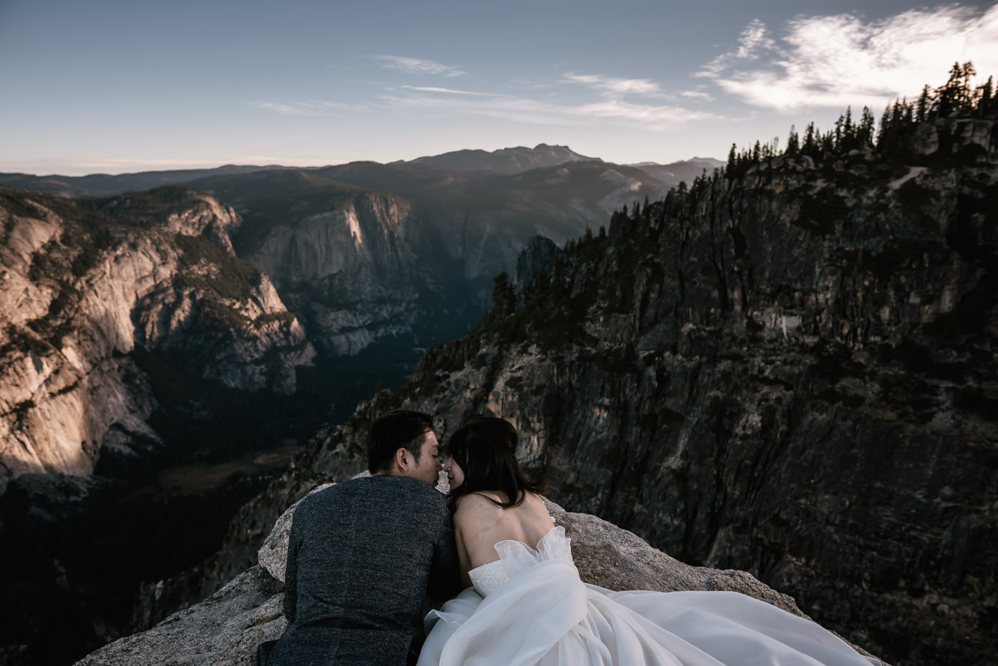 Yosemite adventures for couples in love.