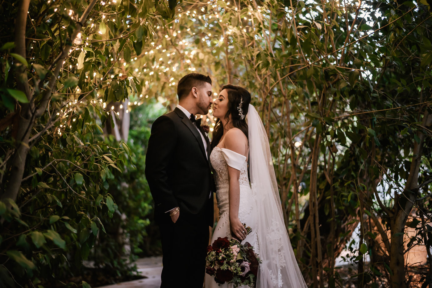 eden-gardens-wedding-photographer-romantic-85.jpg