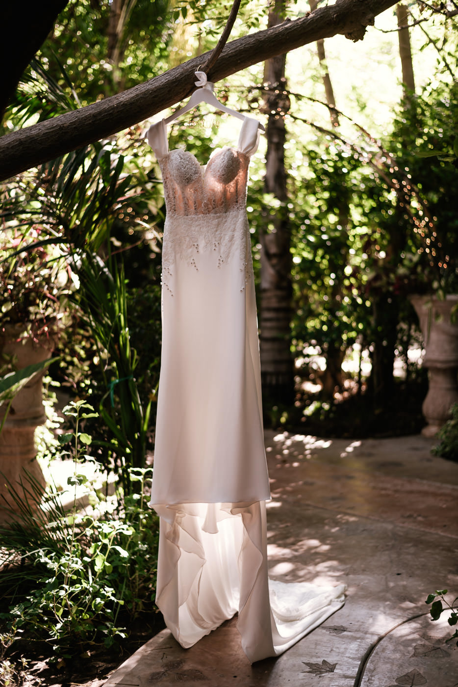 eden-gardens-wedding-photographer-romantic-3.jpg