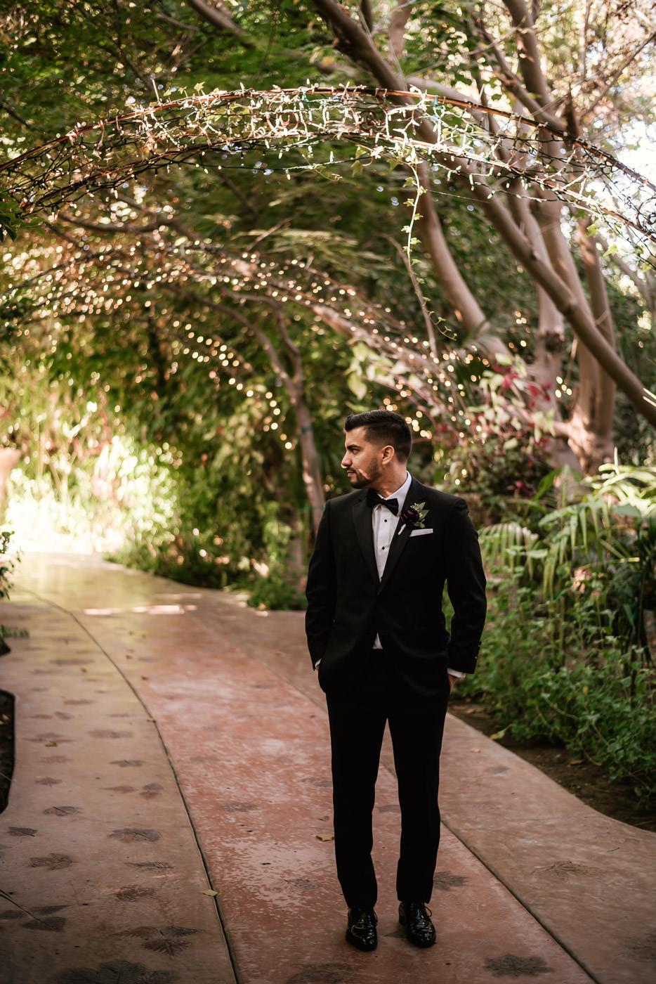 eden-gardens-wedding-photographer-romantic-21.jpg