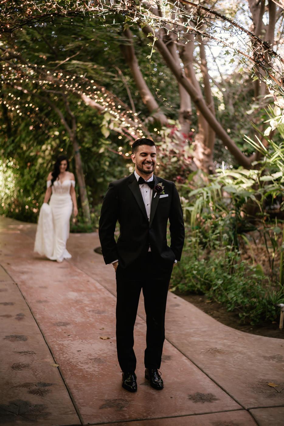 eden-gardens-wedding-photographer-romantic-22.jpg