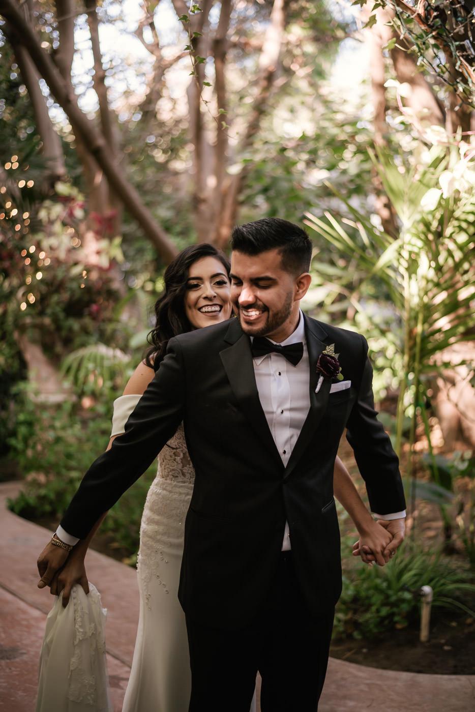 eden-gardens-wedding-photographer-romantic-25.jpg