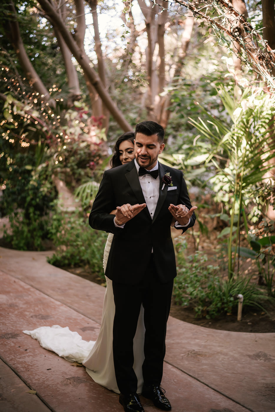 eden-gardens-wedding-photographer-romantic-26.jpg