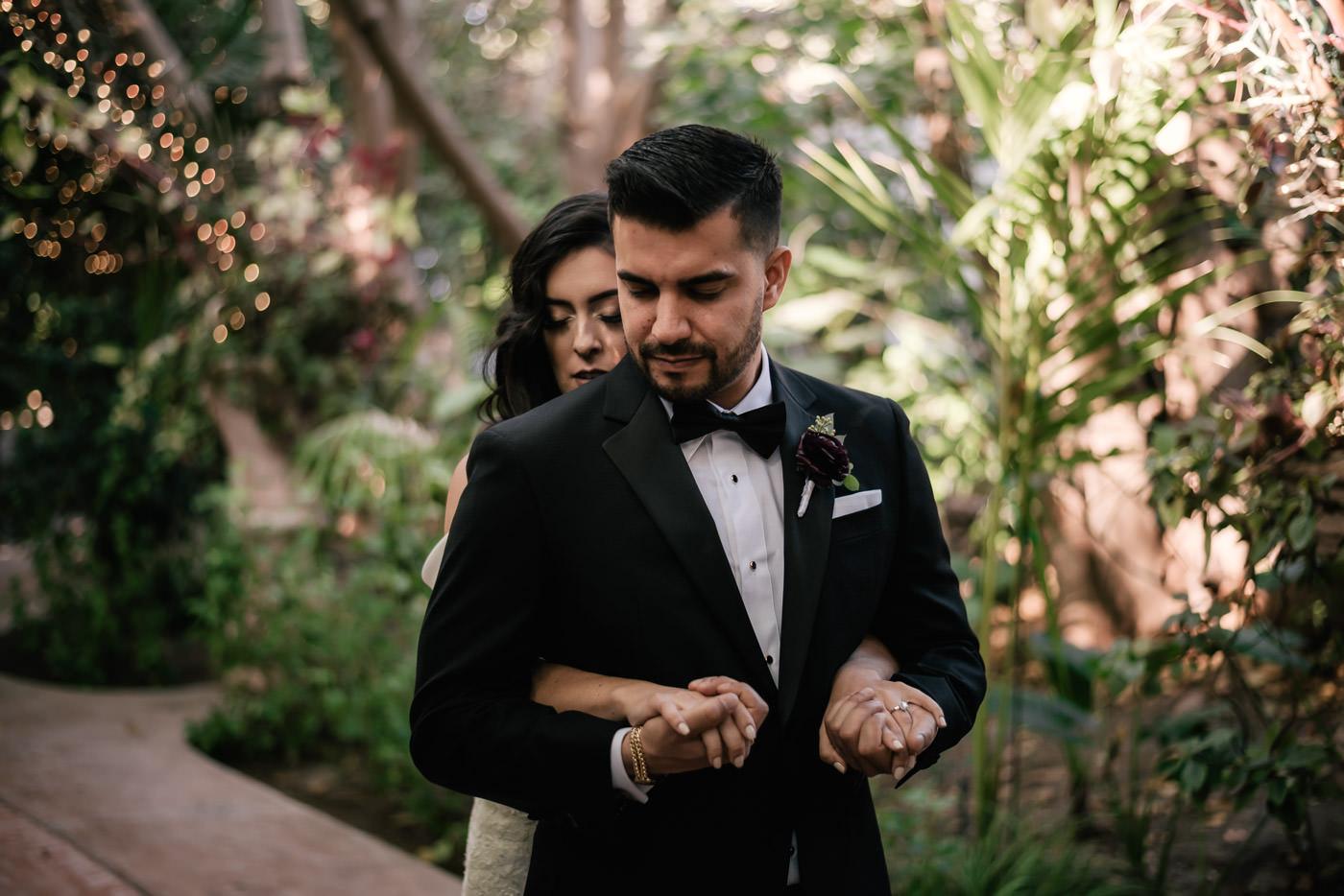 eden-gardens-wedding-photographer-romantic-27.jpg