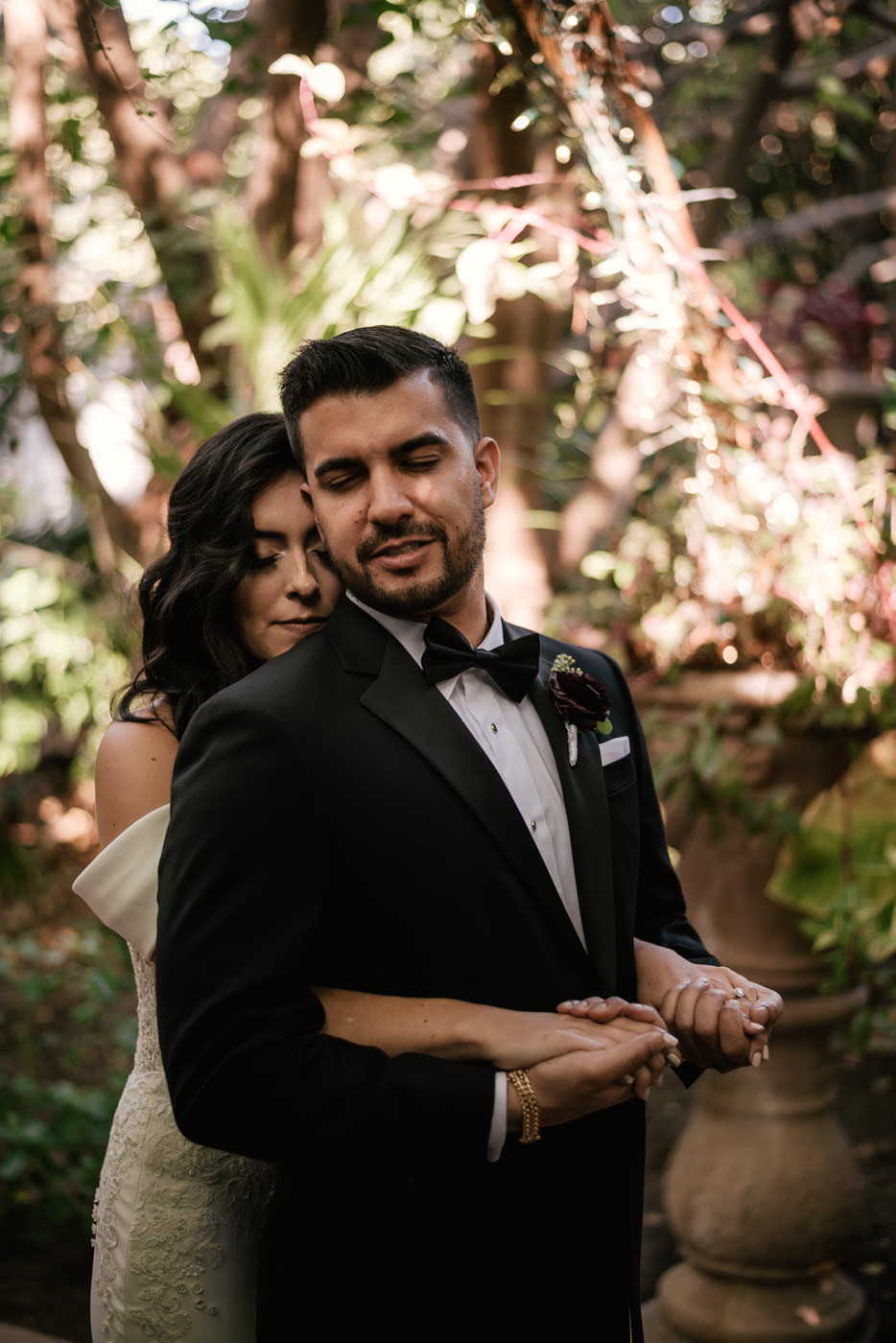 eden-gardens-wedding-photographer-romantic-28.jpg