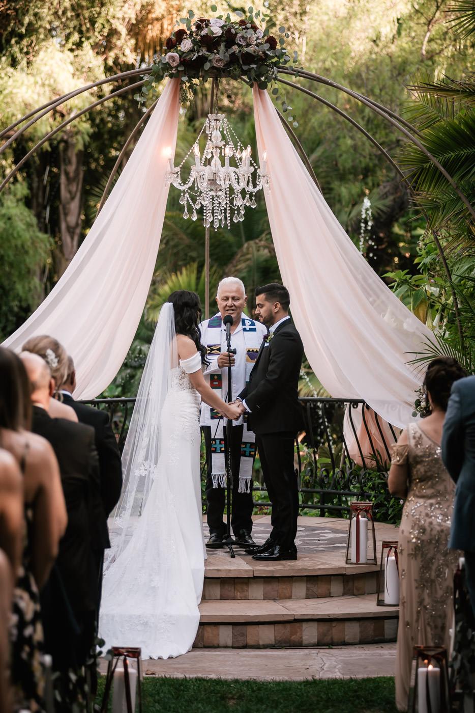 eden-gardens-wedding-photographer-romantic-40.jpg
