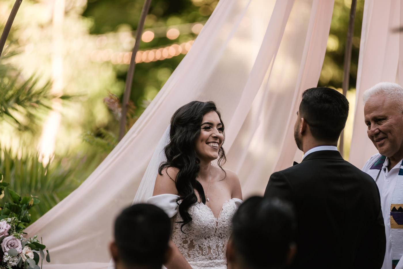 eden-gardens-wedding-photographer-romantic-44.jpg