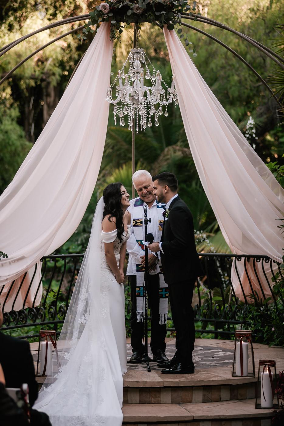 eden-gardens-wedding-photographer-romantic-47.jpg